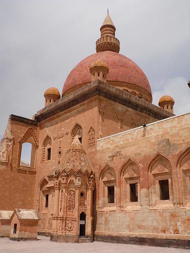 İshak Paşa Palace