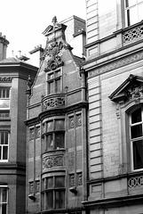 Mr Thomas's Chop House, Cross Street.
