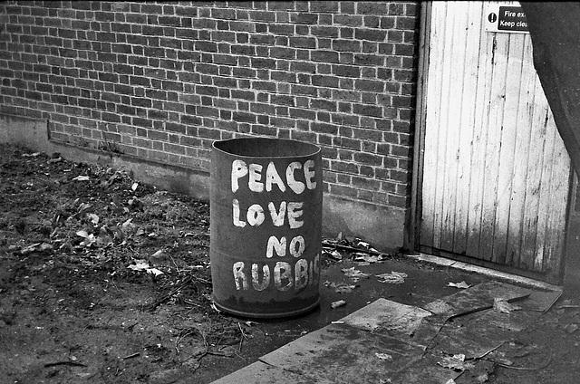 No Rubbish, Stockwell, London SW.