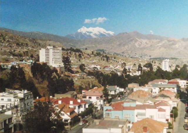 31 La Paz: Looking  North Out of the City