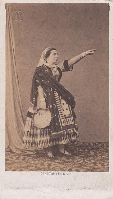 Delphine Ugalde by Constantin (4)
