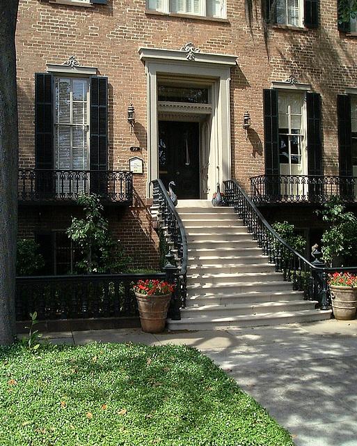 House in East Jones Street- Savannah 2000
