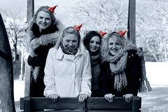 Sisters in Christmas Mood 1