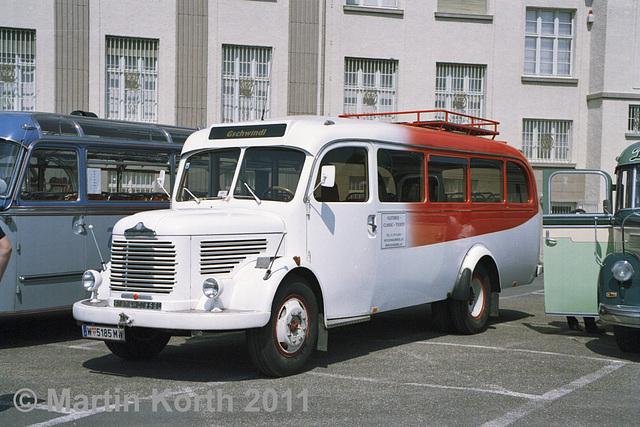 Omnibustreffen Sinsheim/Speyer 2011 F1 B12 c