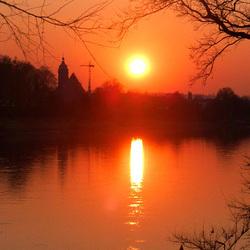 Sonnenuntergang im Elbtal über Pirna