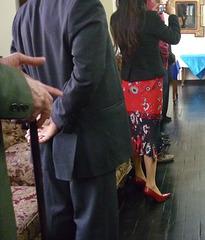 Rotaty Club's high-heeled peruvian Lady / Péruvienne en talons hauts du Club Rotary -  Recadrage