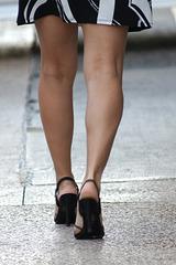 nice legs, black heels sz 5.5 (F)