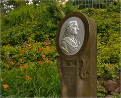 Das Böttger-Denkmal