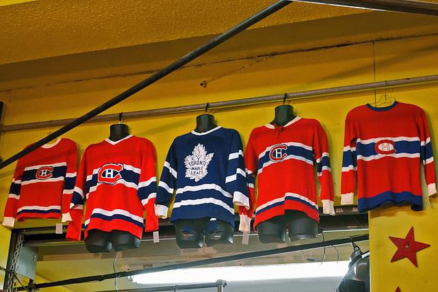 Habs:4, Leafs:1 – Kensington Avenue, Toronto, Ontario