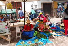 Au marché de Pisaq ...