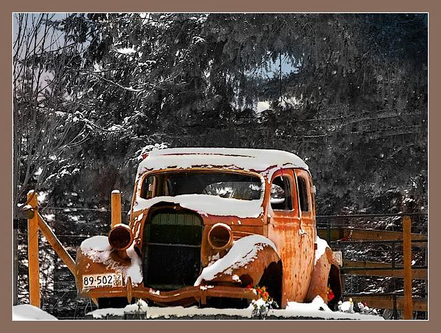 Old wreck at West Fraser Road.
