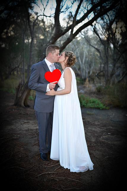 kiss heart vignette