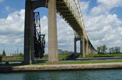 International Bridges