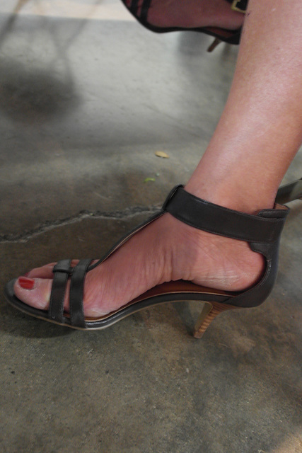 wife in nine west heels