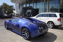Bugatti von hinten
