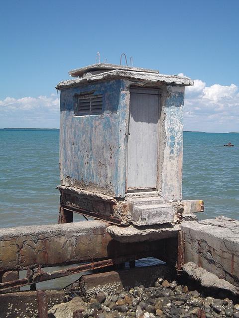 Rusticité maritime / Rusticidad marítima / Cuban rusticity.