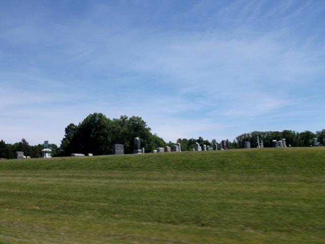 Cimetière indianais / Indy cemetery.