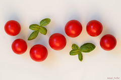 cherry tomatoe curves