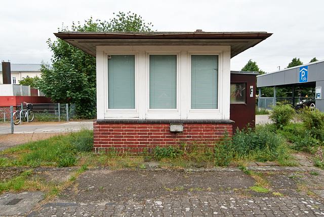 bahnwaerterhaus-1180910-co-29-05-14