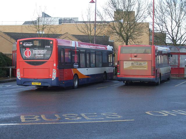 DSCF4517 Stagecoach YY63 YRP and KX04 RBV