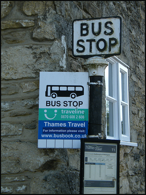 Thames Travel bus stop
