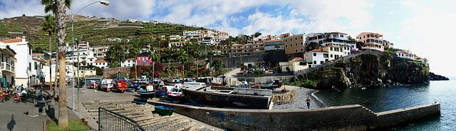 Madeira. Hafen -Panorama mit Richtung W.  ©UdoSm