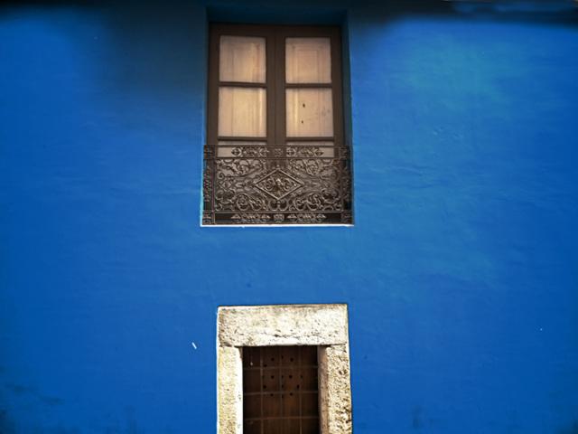 hdr blue