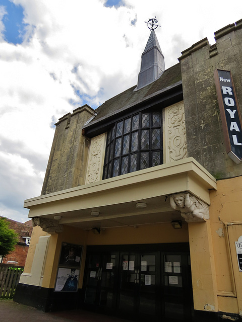 royal cinema, faversham , kent (2)