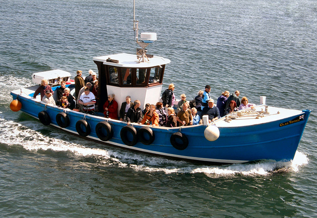 Farne Islands ferry.