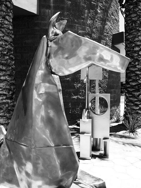 Sculpture along El Paseo (0173)