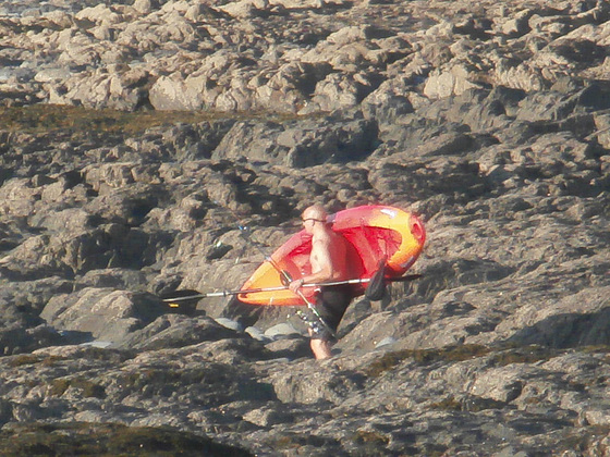 A canoeist on his way to the way