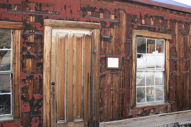 Tarpaper shack