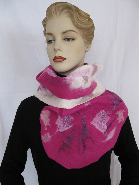 felted shawl - pink