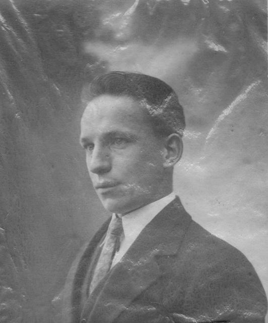 Albert Platteau jeune homme vers 1927