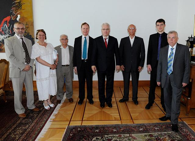 Akcepto che kroatia ŝtatprezidanto Josipović