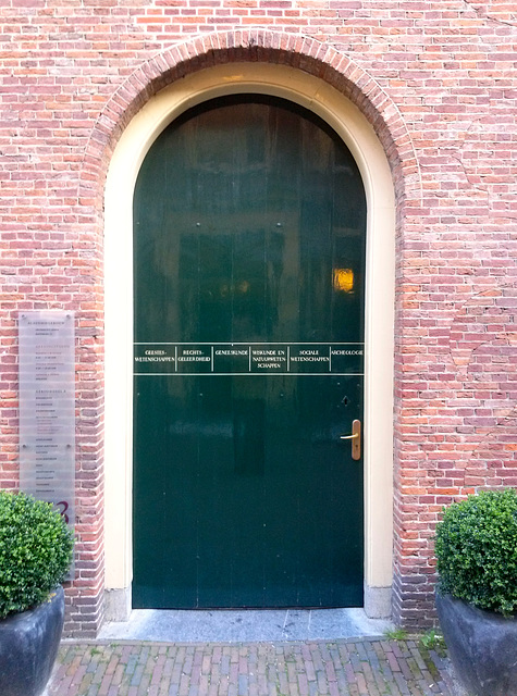 Door of the Academy Building of Leiden University