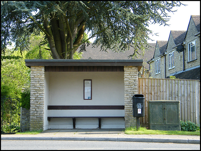 Aynho bus shelter