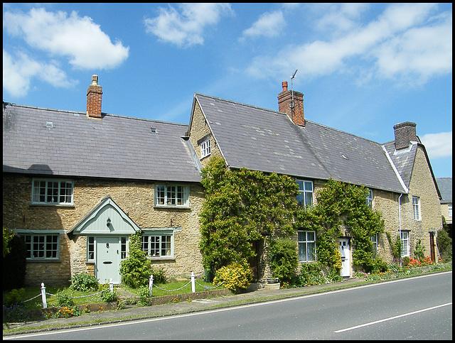 Roundtown houses