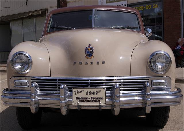 1947 Kaiser-Frazer Manhattan 01 20140531