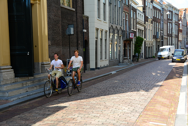 Cycling in the Wijnstraat