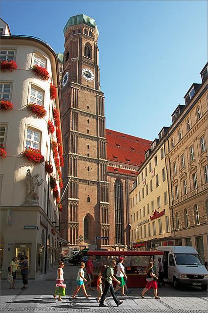 Morgens in der Kaufingerstraße