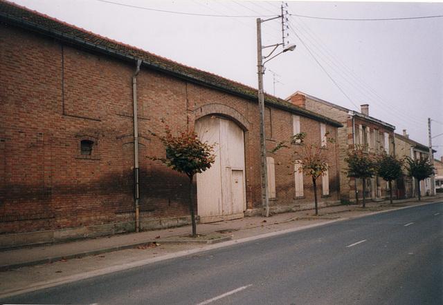 l'autre pays des briques - la alia regiono de brikoj (la unua estas la norda)