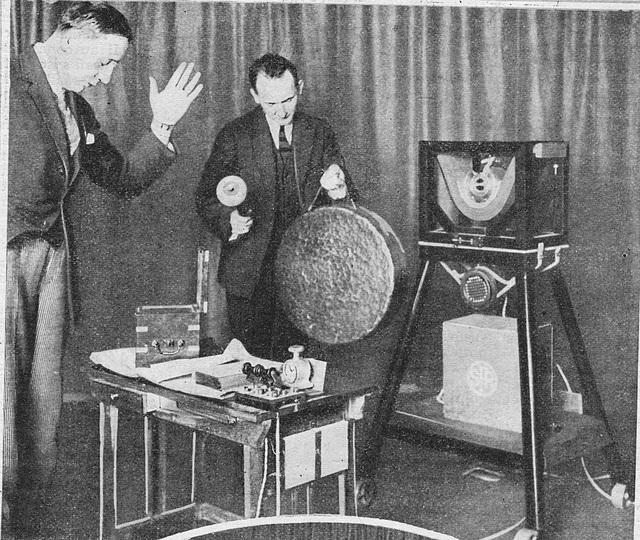 1925 l'ancêtre de l'horloge parlante ! 1925