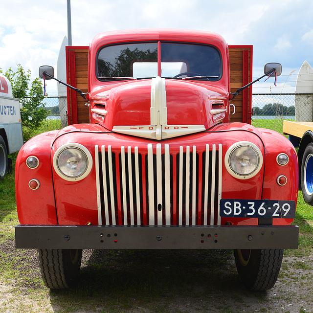 Dordt in Stoom 2014 – 1946 Ford G198T