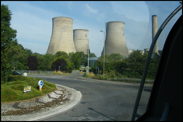 approaching Didcot towers
