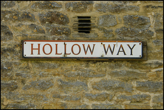 Hollow Way street sign