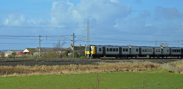 Class 450 South Bound Near Gretna