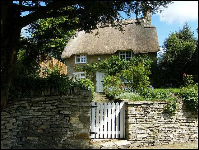 Square cottage