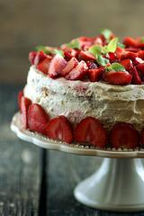 Maasika-kohupiimatort / Strawberry cake