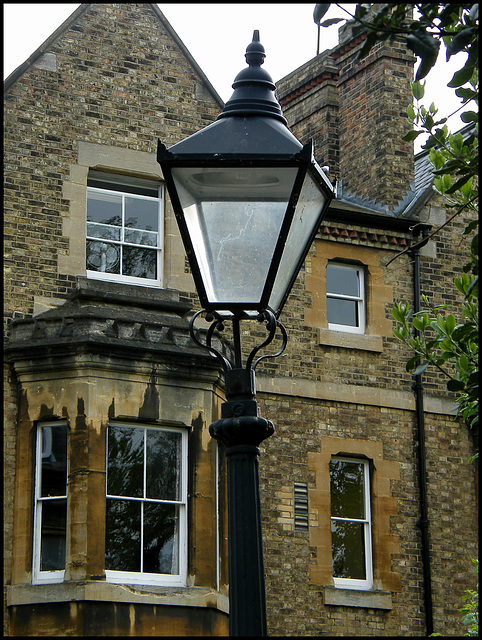 electric gas lamp
